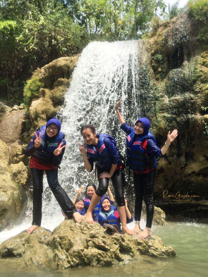 River Tubing Sungai Oyo