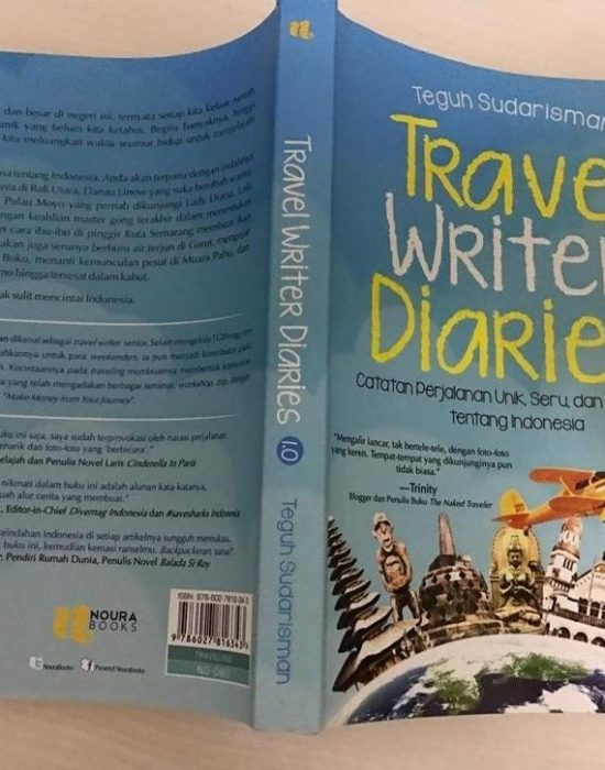 Buku Travel Writer Diaries