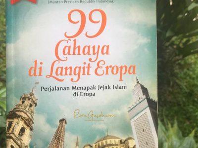 Buku 99 Cahaya di Langit Eropa