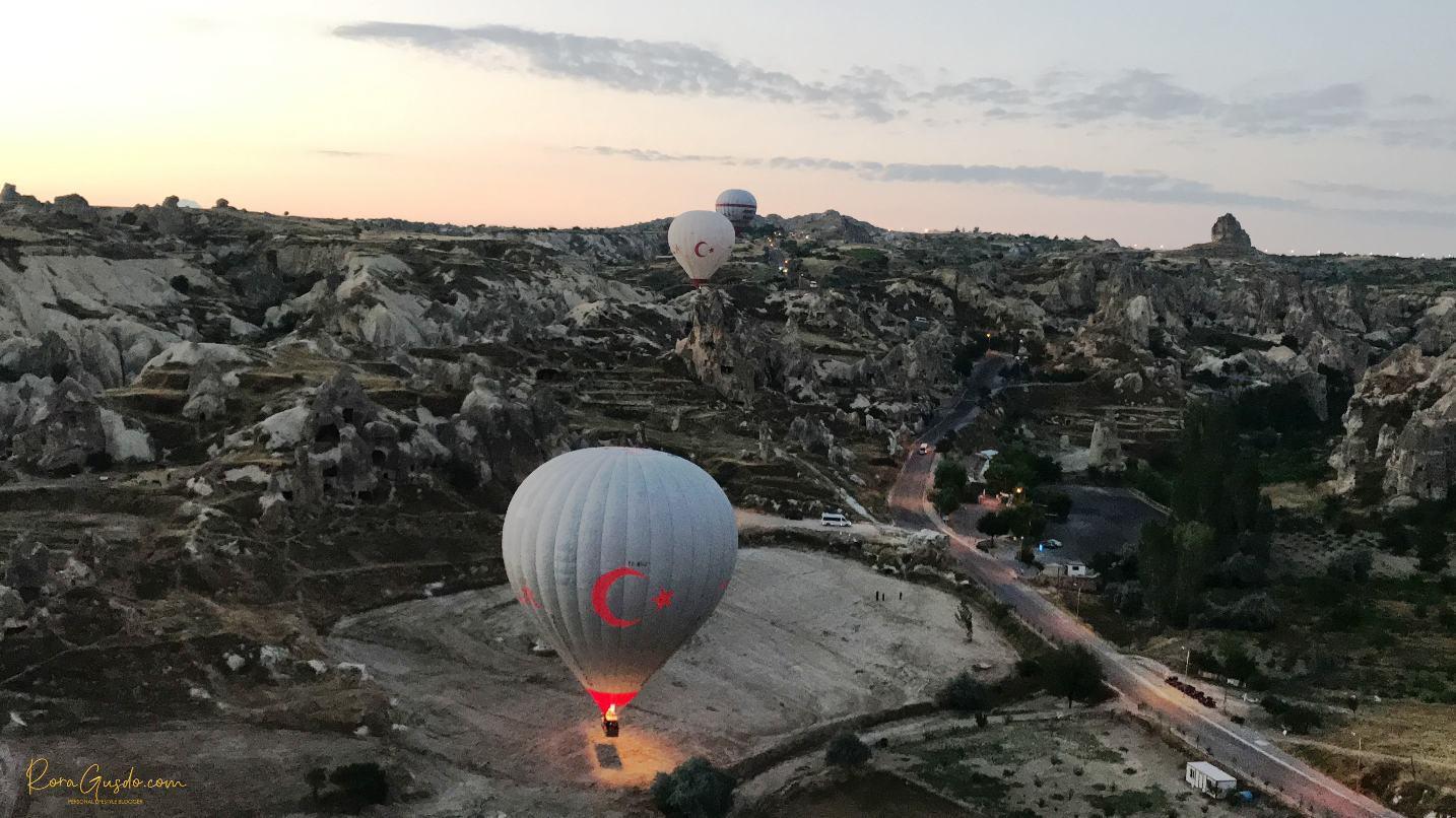 Cappadocia dari Atas Balon Udara Turki RoraGusdo
