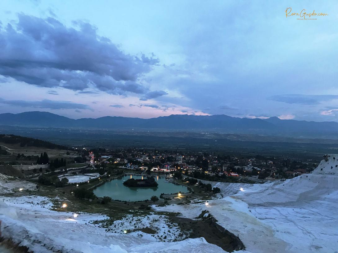 Langit Sore di Pamukkale