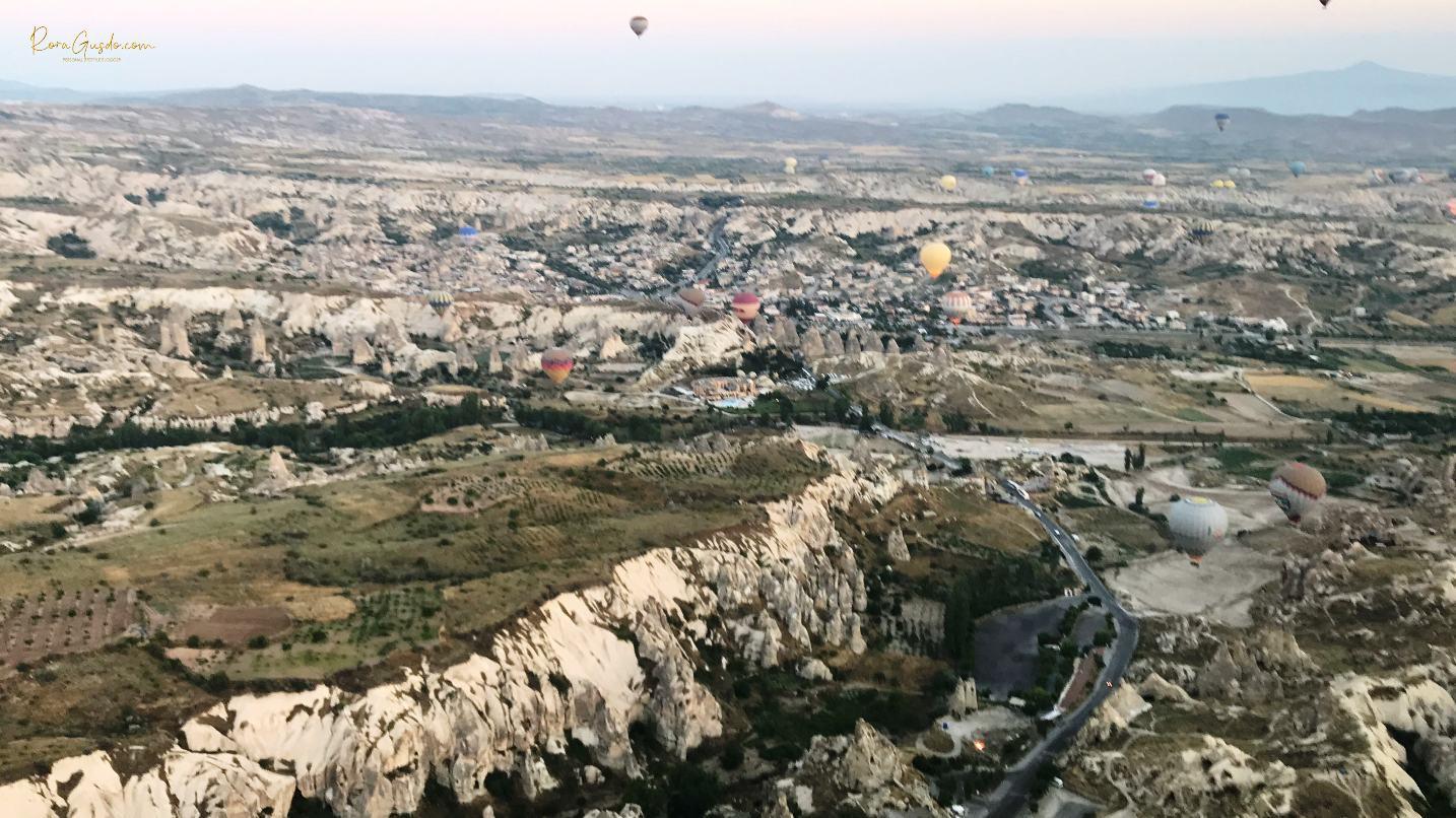 Pemandangan Kota dari Atas Balon Udara Turki RoraGusdo