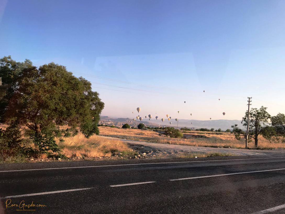 Pulang ke Hotel Setelah Naik Balon Udara Turki RoraGusdo