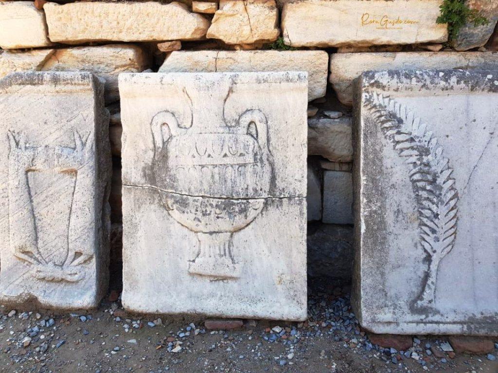Sisa Pahatan Batu Ephesus